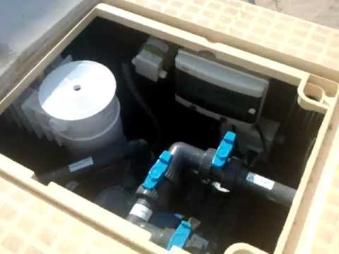 Mx 50 filtration system mondial piscine youtube for Cartouche filtre piscine