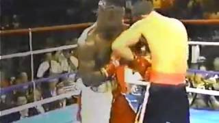 Terry Norris vs  Troy Waters WAR AT ROUND 2