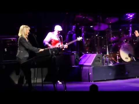 """Over My Head"" Fleetwood Mac@Wells Fargo Center Philadelphia 10/15/14"