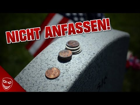 Wenn du Münzen auf einem Grab siehst, fass sie bloß nicht an!