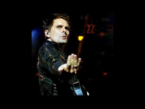 Muse - Showbiz (Half Step Down Version) - Lyrics in the description