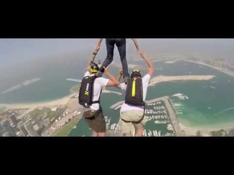 Choáng với trò chơi nhảy cầu của giới trẻ Dubai