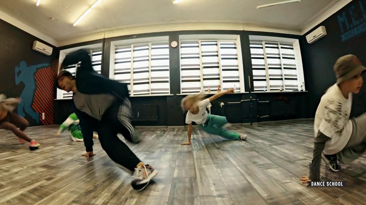 MEL DANCE STUDIO   house class with Andrey STYLEZ