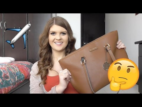 What's in my Hand Luggage? | Vlogmas Day 20