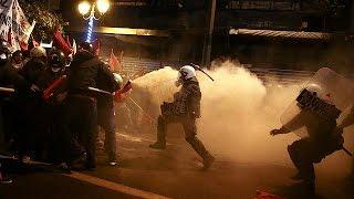 شاهد.. احتجاجات في أثينا ضد السياسة الأمريكية أنثاء زيارة أوباما
