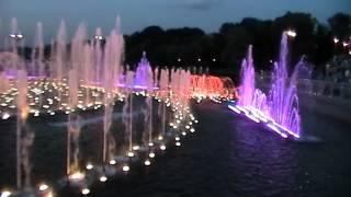 Режим работы поющих фонтанов в Царицино.