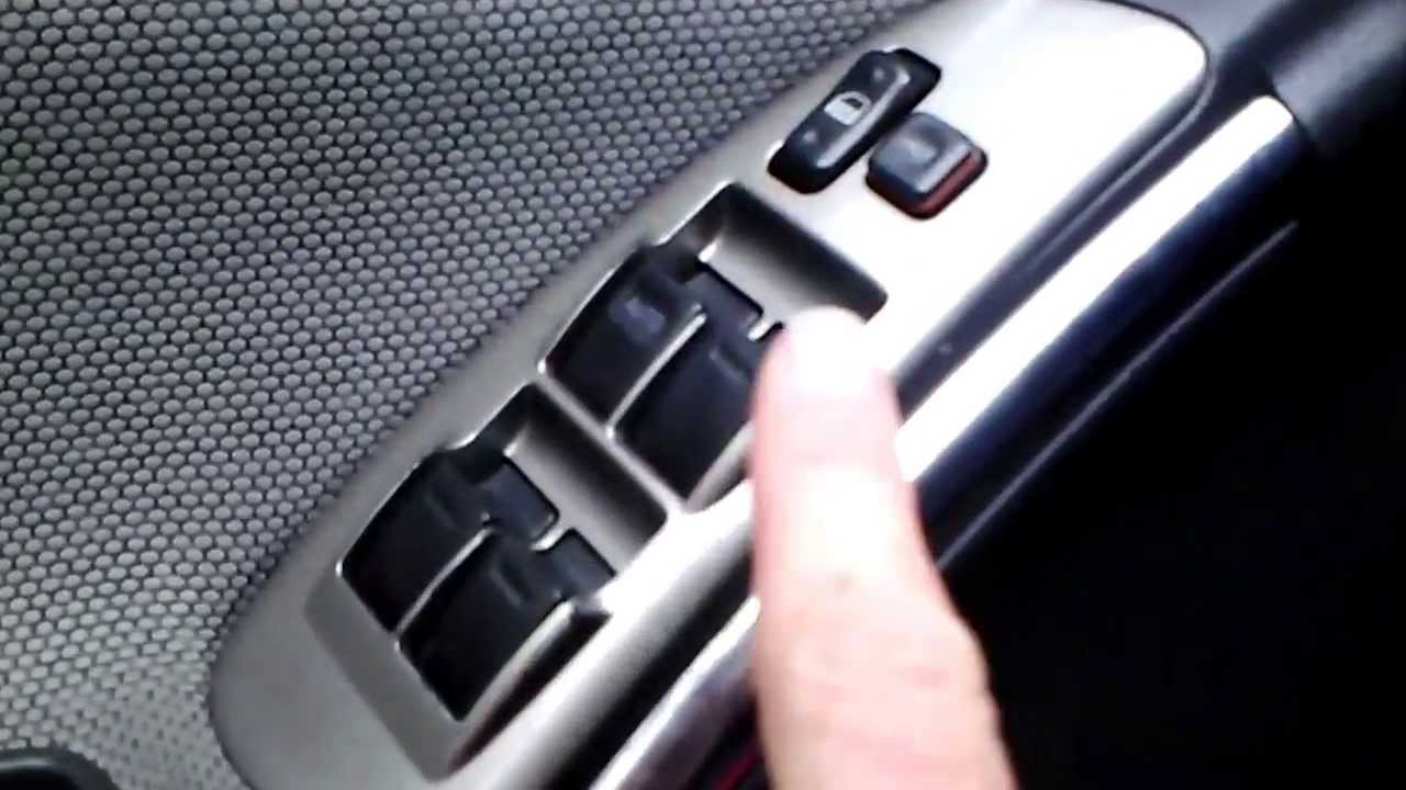 Remove Door Panel Toyota Matrix 04 Without Breaking It