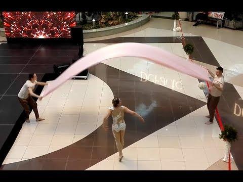 白俄罗斯明斯克地下商场一段赏心悦目的舞蹈 Belarus