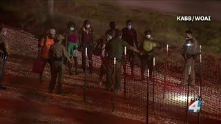 Thousands of Haitian migrants flood U.S. southern border