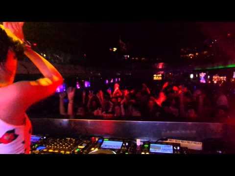 DJ Una live 4 CDJs at Sky Garden Bali
