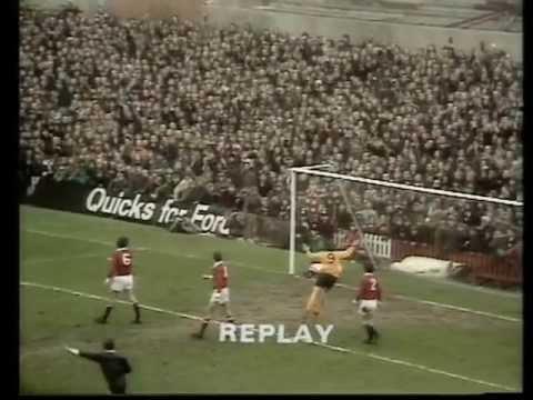 Manchester United v Wolves, 8th January 1972