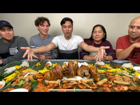 Fabio Eats With LOUD BISAYA FAMILY And Eats BAGOONG And CRISPY PATA | Boodle Fight With Family ❤️