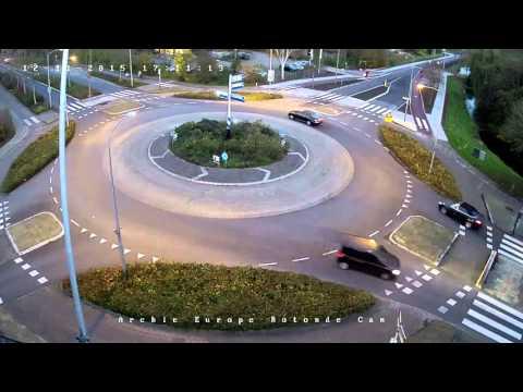 Dutch roundabout time laps