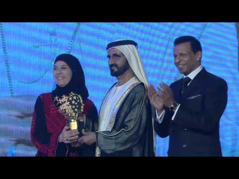 Global Teacher Prize 2016: Pope Francis Announces the 2016 Winner Hanan Al Hroub (GESF 2016)