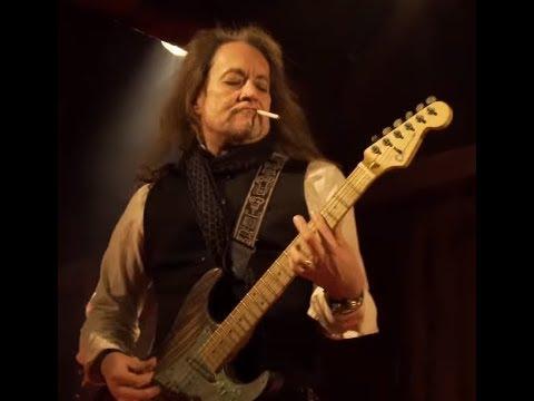 "ex-Ozzy guitarist Jake E. Lee's RED DRAGON CARTEL new song Havana off new album ""Patina"""