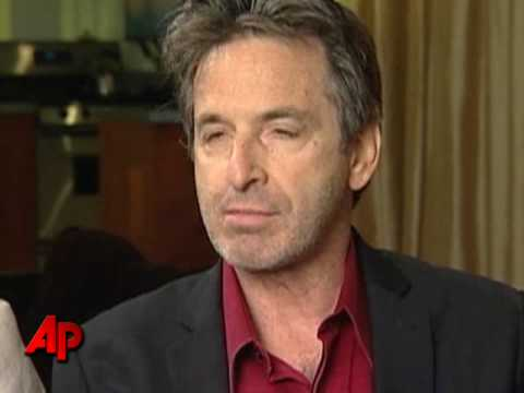 AP Exclusive: Carradine Brothers Speak