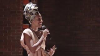 Uma jornada na busca por identidade e propósito | Juliana Luna | TEDxUERJ