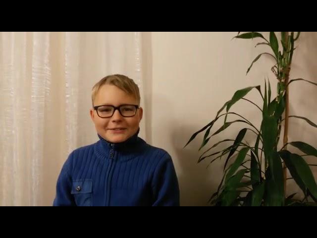 Изображение предпросмотра прочтения – МаксимСуртаев читает произведение «Урок доброты» Н.Анишиной