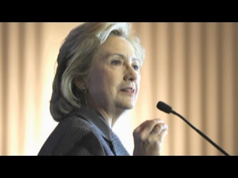 Are Democrats worried over Clinton email controversy?