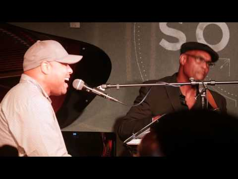 Frank McComb singing