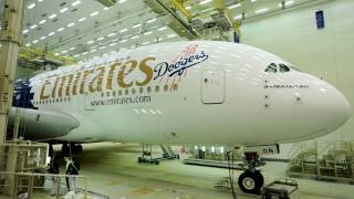 Timelapse painting of Los Angeles Dodgers A380 | Emirates Airline