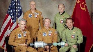 LIVE: Apollo-Soyuz astronauts commemorate 40th anniversary of mission launch - English audio