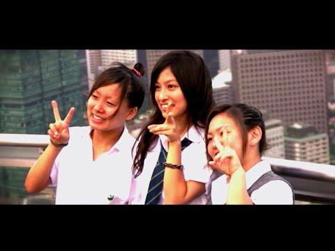 "A Moment in Tokyo - HD (Silversun Pickups - ""Lazy Eye"")"