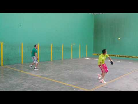 Fronton camello vs jesus un reves cancha enserada