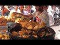Lots of Bhajji / Pakora / Samosa / - Mumbai People Enjoying Snacks - Street Food India