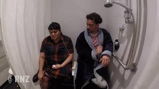 Eating Fried Chicken in the Shower - Dating Older Men