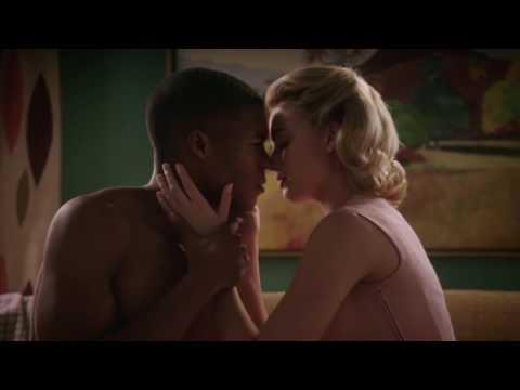 Interracial kiss - Pan Am
