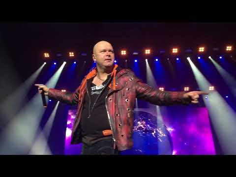 Helloween - Future World, live in Madrid, WiZink Center (Palacio de Deportes)