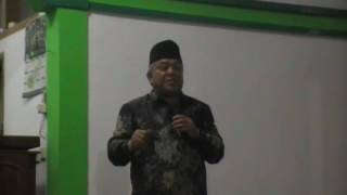 KH. Sofyan Yahya, MA (Pimpinan PONPES DARUL MA'ARIF)