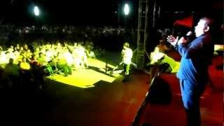 MAURO CALDERON CANTA POR TI VOLARE EN FESTIVAL DEL