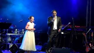 Amira & Nicola Vigna - Con Te Partiro (HD)