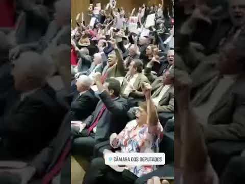 """Senadores do RN vão a ato do PT para pedir """"Lula Livre"""""""