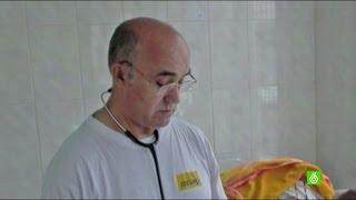 Manuel García Viejo entra en el periodo crítico de su lucha contra el ébola