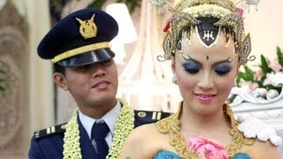 Wedding Clip - Video Pernikahan - Ari Lita - Kicung Hartono - Emporiumstudio