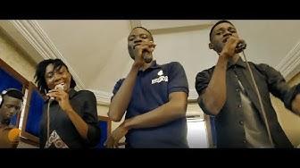 Escaliers- Saint Esprit Remix (Dena Mwana)