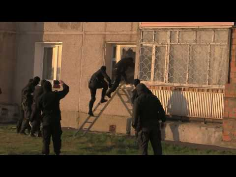 В Братске задержали группу наркоторговцев