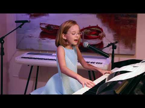 АНГЕЛ и Я  - Виктория Старикова - 10 лет/ANGEL And Me - Victoria Starikova - 10 Years