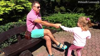 My super fun day with dad in the zoo