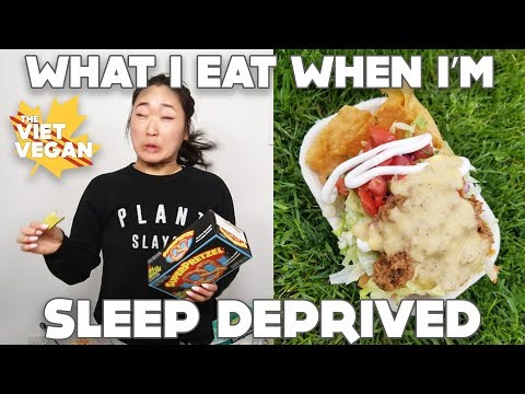 What I Eat In Day When I'm Super Sleep Deprived // Mississauga VegFest // VEGAN