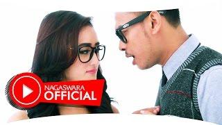 Download DeRama - Jangan Bilang Sayang (Official Music Video NAGASWARA) #music Mp3