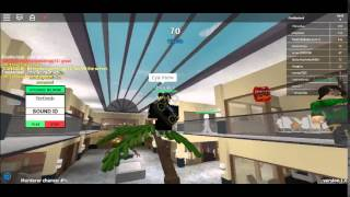 Trolling A Kid On Roblox:Kid Says He Is VanossGaming