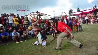 Tiba di Ruteng, Peserta Tour De FLores Disambut Tari Caci