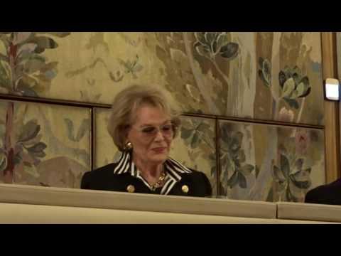 Kms.  Renate Holm im Gespräch mit Heinz Zednik Opernfreunde Wien 20.11.2016 1
