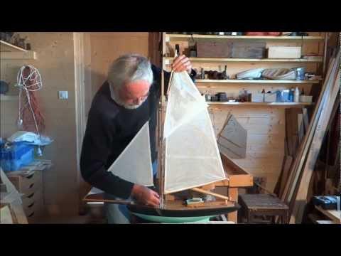 Construction d 39 un petit cotre 20 gr er le for Comment fixer un voile d ombrage