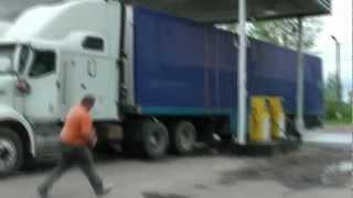 ПОЖАР НА АЗС где-то под Брянском 9 Мая 2012.m2ts