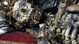 """Phát hiện """"VÀNG""""  trong ngôi mộ cổ 300 tuổi tại Hà Nội, Vietnam   YouTube"""